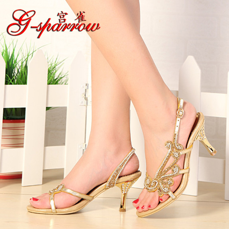 ФОТО Genuine Leather High Heels Women Diamond Sandals 2016 Summer Sexy Rhinestone Women Slingback Sandals Gold Party Wedding Shoes