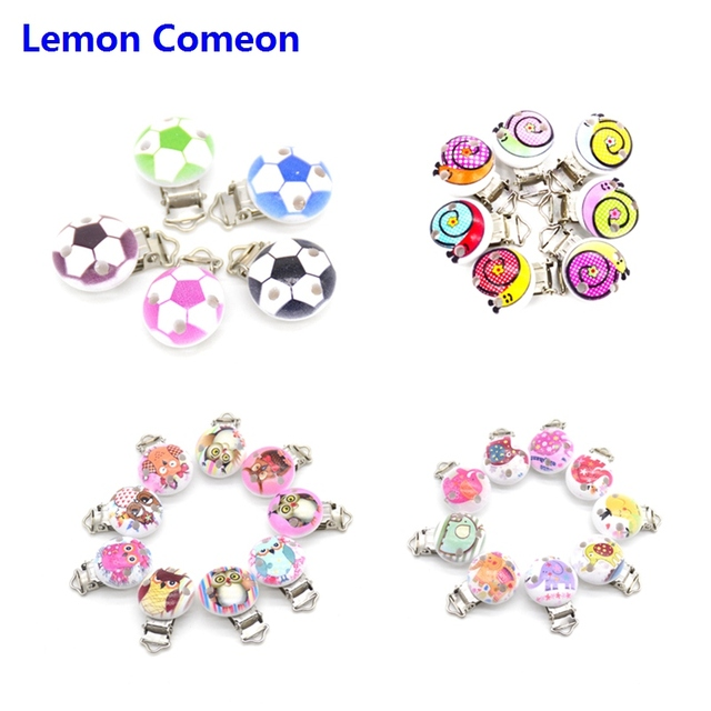 20pcs/lot Football Wood Pacifier Clip Baby Teether Round Wooden Clips Animals Accessories Clip Clasps For Baby Product 8 Styles