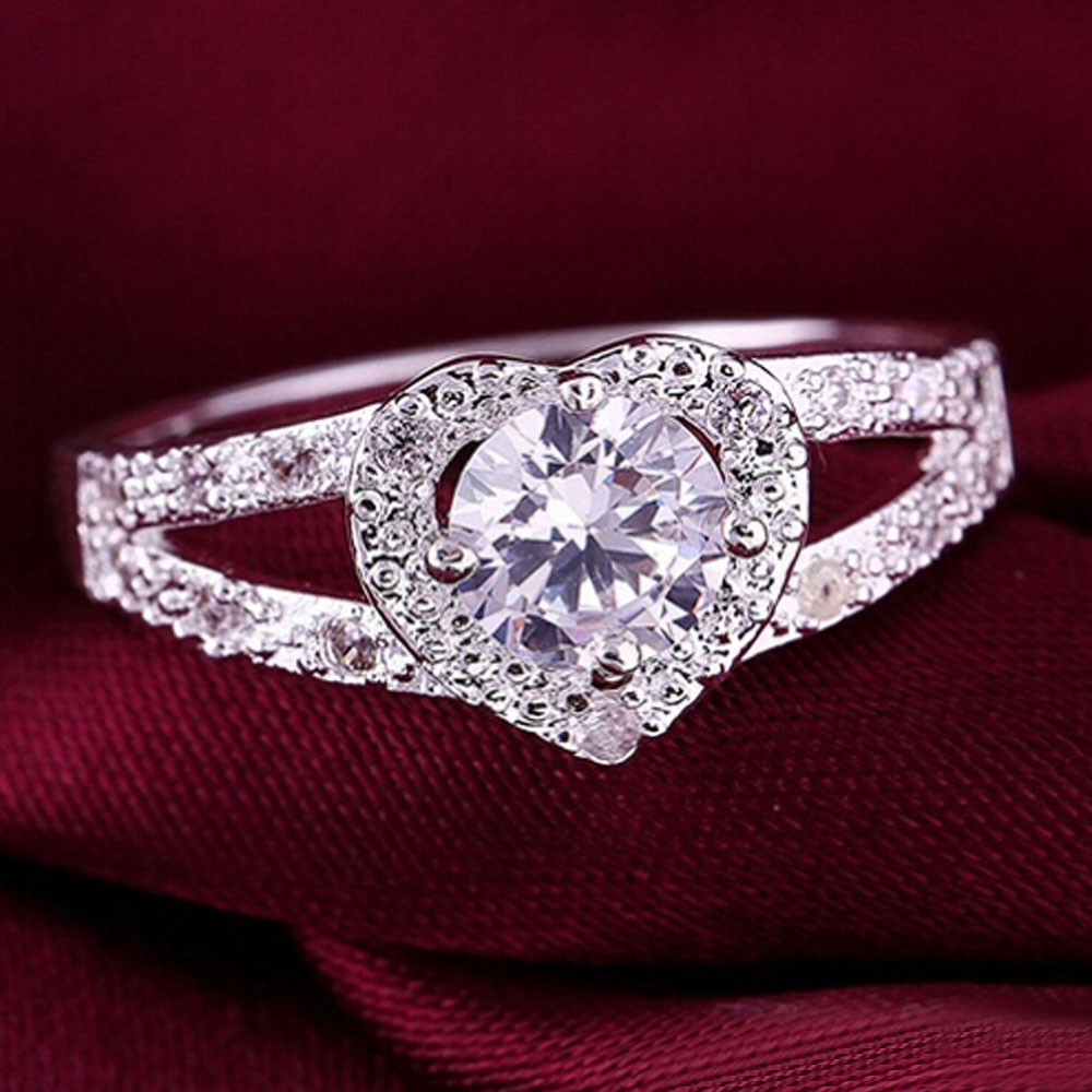 susenstone Women Silver Crystal Heart Shaped Love Rings Women Wedding Ring Engagement Jewelry Drop Shipping