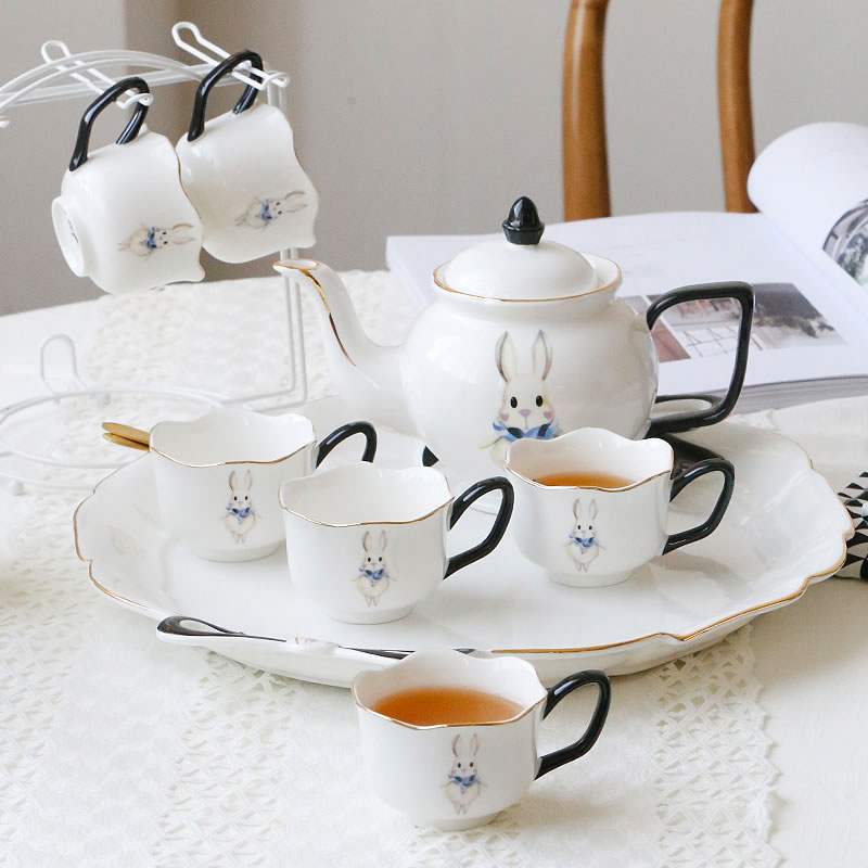 British porcelain coffee cups set Rabbit pattern Top-grade bone china tea cup  Teatime Afternoon Tea Teapot Coffee Cup Gifts