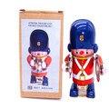 Colección Classic Retro Estaño Clockwork Wind up Metal Walking robot de latón banda militar Mecánico del juguete juguetes de regalo de navidad