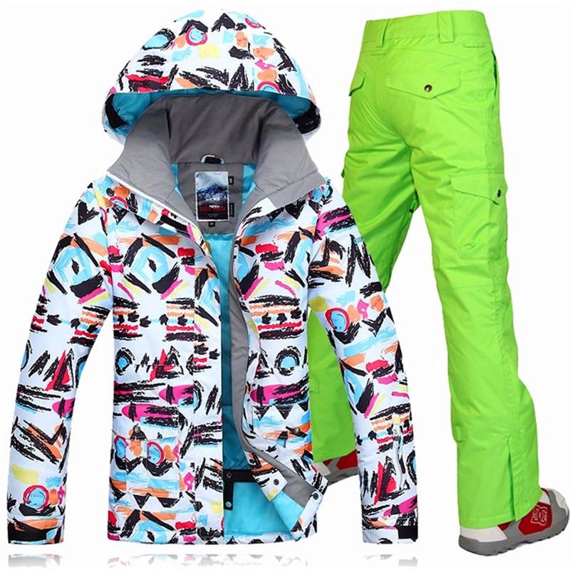 Prix pour 2017 Gsou Snow femmes de ski costume ensembles vestes de ski + pantalon de ski imperméable coupe-vent ski sports de Plein Air camping thermique chaud vêtements