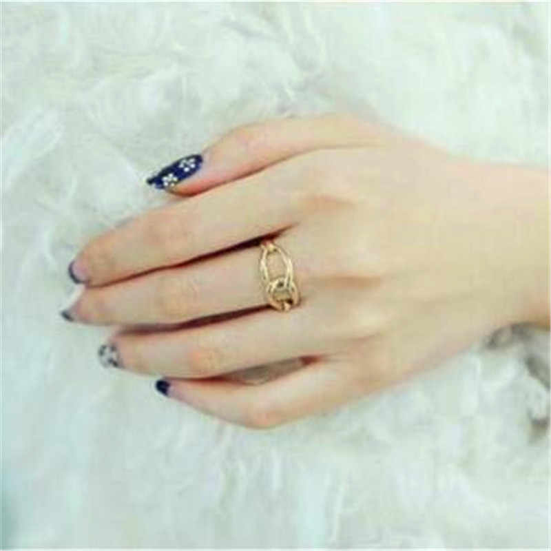 Hot fashion classic sexy ring pierced with solid models  2019 New design fashion jewelry cute rings