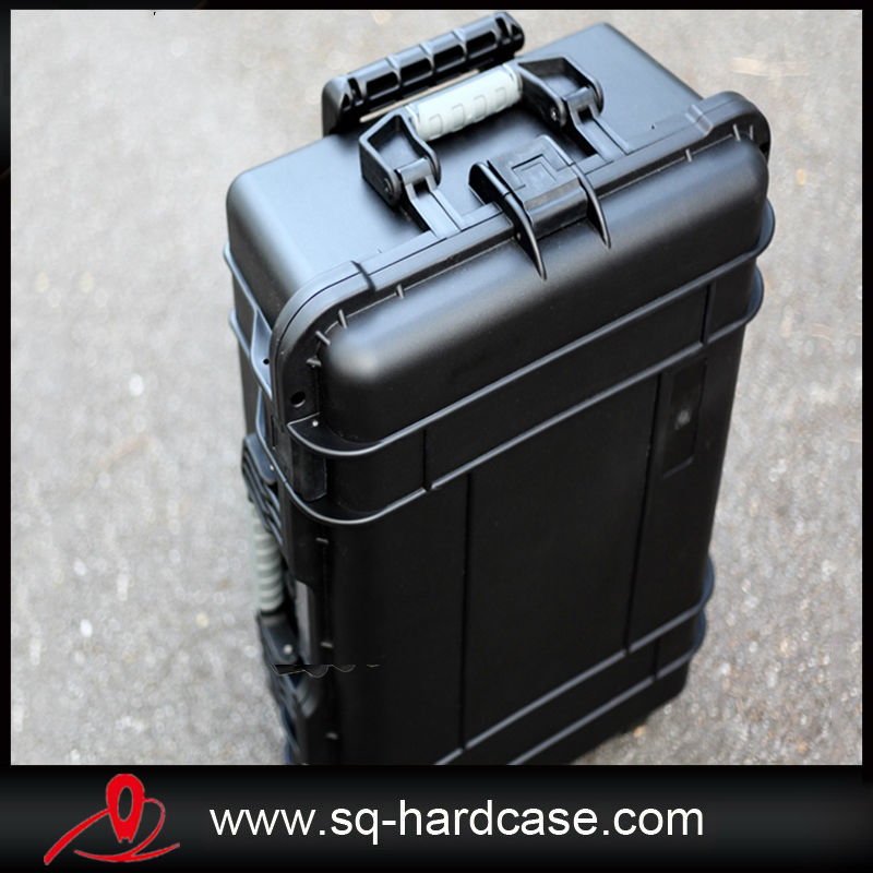 Large Space Waterproof Shockproof Hard Plastic Equipment Pull Rod Box