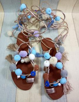 Bohemian Lace-up Pom Pom Decor Sandals Flats Summer Shoes Woman Gladiator Leather Sandals Mixed Color Summer Flat Outside Shoes