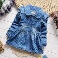 BibiCola primavera muchachas de los niños encantadores lunares denim jean escudo de solapa de la chaqueta del algodón del bebé hembra niños emperament trajes