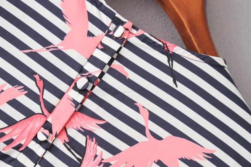 HTB1rx5yRVXXXXX7XXXXq6xXFXXXr - Women vintage vestidos striped crane printed pleated blouses shirt