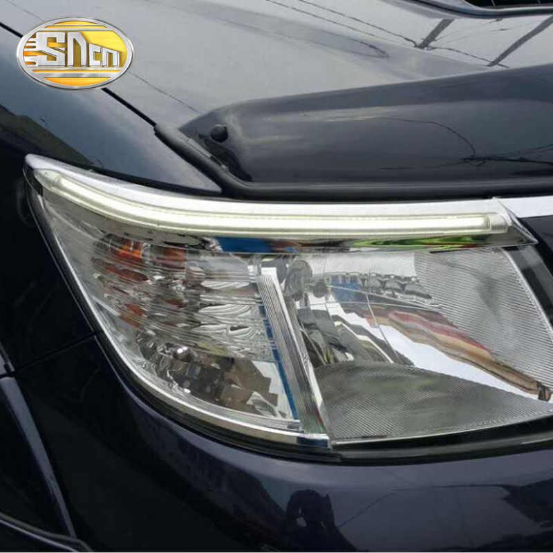 トヨタハイラックス 2012 2013 2014 、 LED ヘッドライト眉眉毛デイタイムランニングライト DRL 黄色に信号と光
