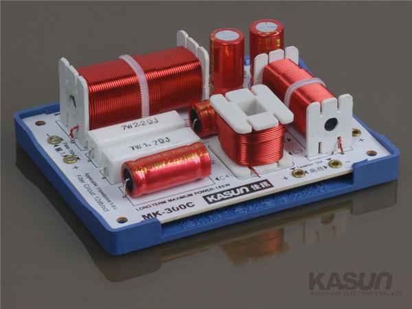 1 pc HI-FI de áudio divisor De Frequência KASUN 3 way Crossover MK-300C 180 W 8ohm tweeter/Mid/woofer filtro para o falante amplificador de ALTA FIDELIDADE