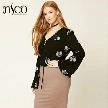 2017 Spring Sexy V Neck Lace Up Plus Size Women Crop Top Scallop Floral  Crochet Blouse 0b6c742b8383
