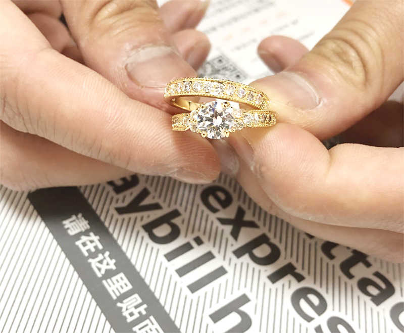 証明書! オリジナル 925 ソリッドシルバーリングセット女性のための 100% 天然ジルコニア 2.0ct 純金結婚指輪花嫁のための設定