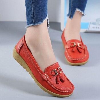 2018 الشقق المرأة جلد البقر الشقق المرأة أحذية الانزلاق على أحذية نسائية الديكور حجم كبير 35-44