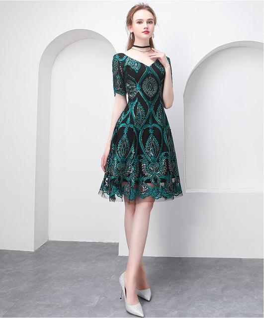 0ffc71ade6c Beauté Emily vintage motif courte robe de soirée 2019 nouvel an fête robes  de bal appliques