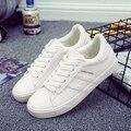 Hot 2017 primavera nueva moda de las mujeres zapatos de plataforma casuales PU rayó algodón simples mujeres casuales zapatos blancos clásicos