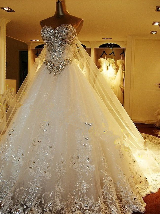 2014 Hot Sales New Extravagant Beaded Crystal Lace Wedding Dresses Royal Train A Line Sweetheart Bridal Gowns Real Image W163 In From