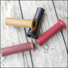 High quality Vintage Cafe Racer 7/8 22mm Motorcycle Vintage Handlebar Grip for  Suzuki Yamaha Kawasaki 3Colors Available vodool 2pcs rubber motorcycle grip 22mm motorcycle vintage handlebar grip for all motorcycle high quality cars styling