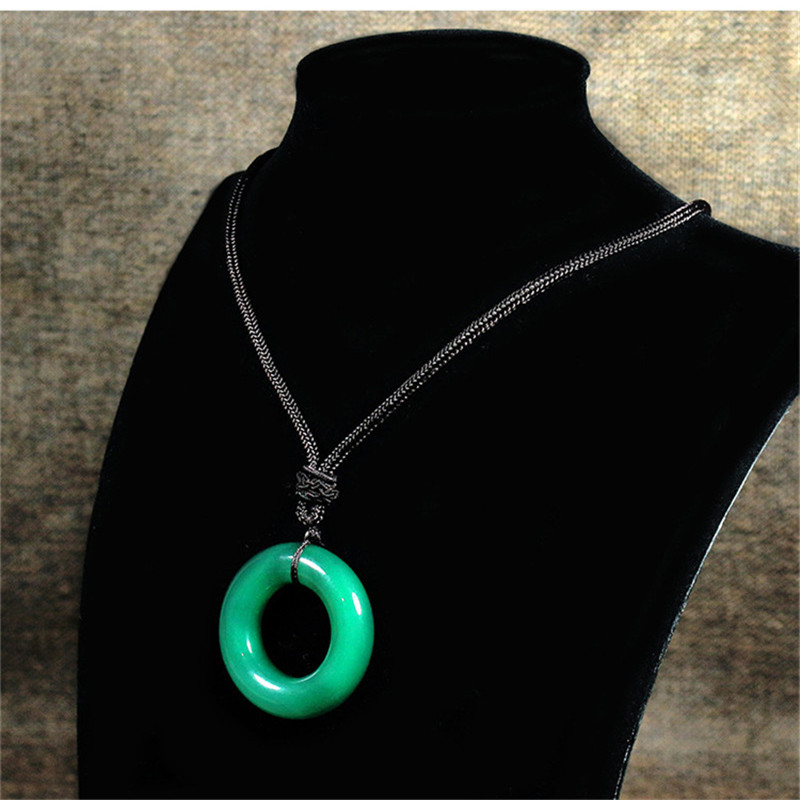 Costume Props The Ancient Magus Bride Maho Tsukai No Yome Hatori Chise Cosplay Necklace Jade Pendant Elias Ainsworth Anime Cosplay Accessory Easy To Use Costumes & Accessories