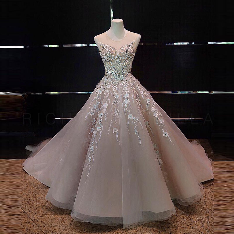 Compare prices on couture prom gowns online shopping buy for Haute couture cost