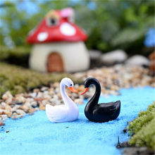 Free shipping Mini Figures 2pcs/lot White Black Swan PVC anime toy succulent plants cake car office decorate party supply gifts