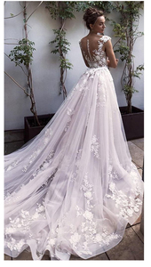 Image 4 - Lorie 공주 웨딩 드레스 레이스 꽃과 appliqued 라인 tulle 분리형 기차 boho 웨딩 드레스 신부 드레스 2019