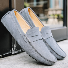 Men Loafers Soft Moccasins Autumn Winter Genuine Leather Shoes Men Warm Fur Plush Flats Gommino Slip On Driving Shoes