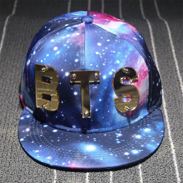 9ef502743b3e1 Nova Carta BTS céu estrelado senhora boné de beisebol do algodão costura  chapéu da forma homens