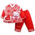 Хлопок Красный Kitty Cat детская Одежда Набор Зима С Длинным Рукавом Китайский Тан Костюмы С Наступающим Новым Годом Утолщенной Хлопка Ватник