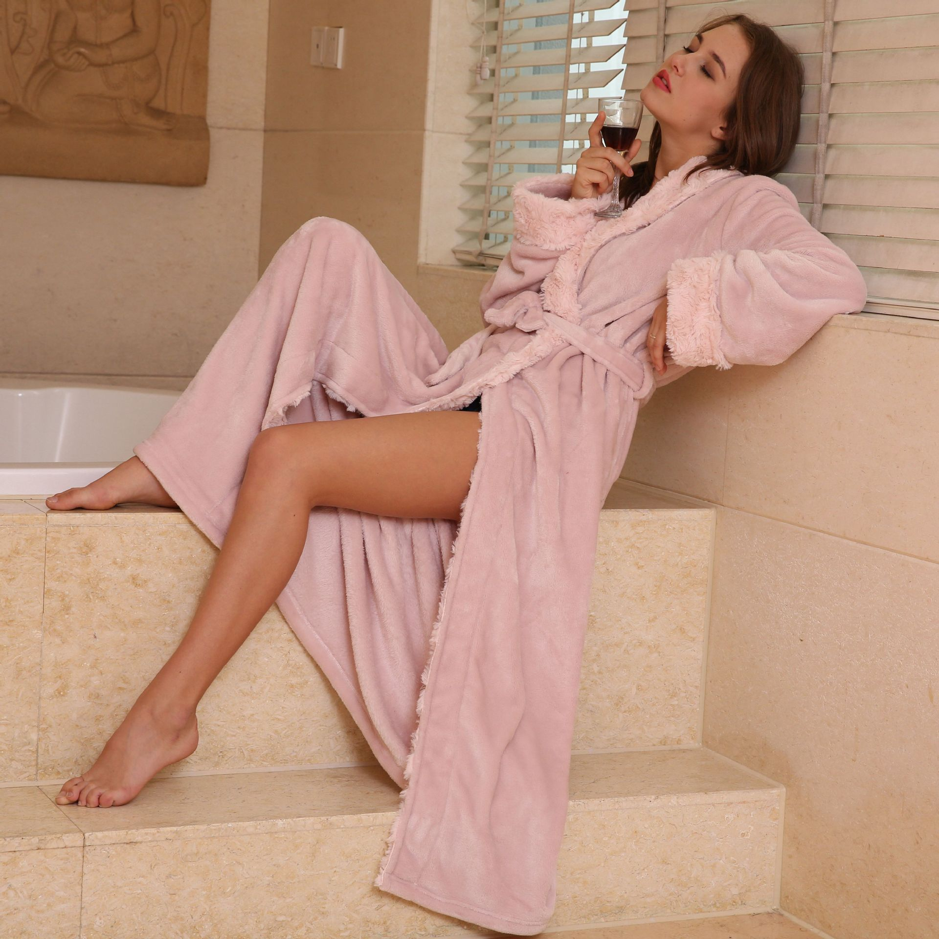 QWEEK Flanelle Femelle Robe Femmes Vêtements De Nuit Automne Hiver Peignoir Épais Home Wear Femmes Longue Robe Lingerie Chaud Éponge Douce Robe