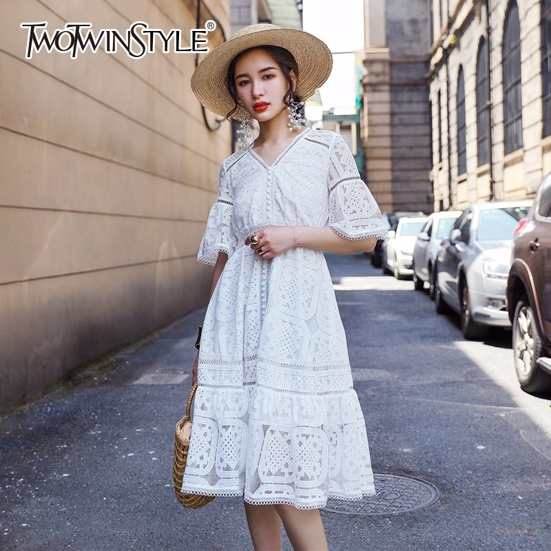 TWOTWINSTYLE White Lace Dress Female V Neck Half Sleeve High Waist Sexy 2018 Summer Dresses For Women Temperament Fashion Tide twotwinstyle striped dress female deep v neck long sleeve slim bandage summer dresses for women hollow out ol style fashion tide