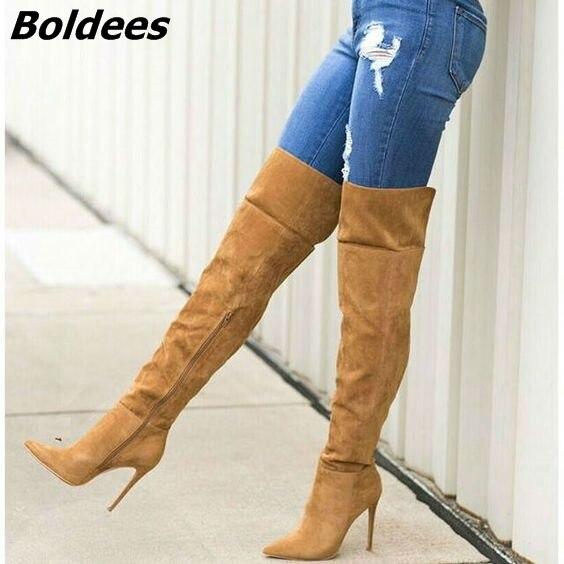 Удивительный Для женщин Chic Твердые коричневые замшевые сапоги до колена сапоги на шпильке пикантные острый носок молния сбоку ботинки с вы