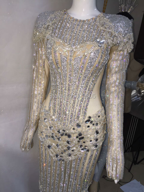 Mode Luksus Design Lang kjole Catwalk Performance Sølv Kostume Kvindelig Singer Natklub Fødselsdagskrystaller fejrer kjoler