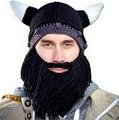 La personalidad de Europa y América creativa barba sombrero de otoño y el invierno para mantener el calor de los cuernos del diablo de punto cap
