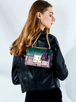Baggage Girls 2019 New Snake-print Cowskin Chain Baggage Fashion Luggage Slant Baggage Girls Baggage Student Bag фото