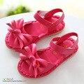 B & D Sapatos de Sola Macia Da Criança Do Bebê Da Menina de Verão Crianças Bowtie Sandálias Crianças Princesa Calçados Para Meninas Branco/rosa/Preto EUA 6.5 ~ 12.5