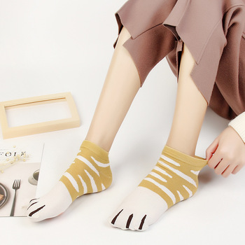 Novelty Summer Cat Paw Short Socks Kawaii Japanese Cotton Socks for Women Comfortable Animal Pattern Crew Socks 4 Pairs/Lot