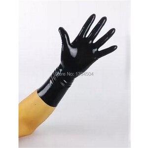 Image 2 - 2017 Nieuw Sale Hot Sexy Mannelijke Latex Effen Kleur Korte Handschoenen Vrouwen Zentai Sexy Fetish Rood Witte Handschoenen XS XXL Gratis verzending