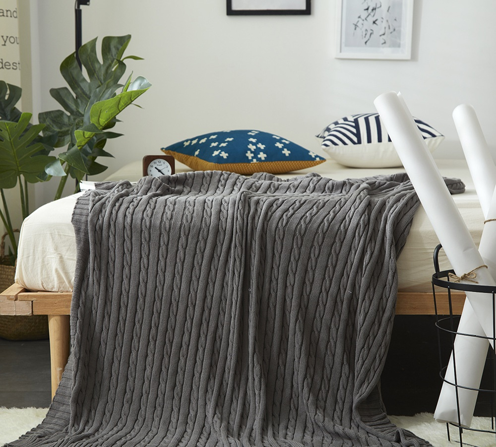 Solid Air Conditioning Travel Thick Twist Blanket Knitted Blankets for Bed Sofa Home Textile Throw Blanket Anti Pilling Portable