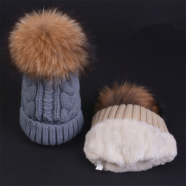2016 New Womens Warm Fleece Inside Beanie Hats Winter Mink Raccoon Fur Pompom Hat Cute Gift for Girls Female Cap