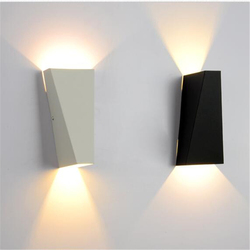 Biały/czarny Nordic kinkiet lampa do lustra łazienkowego dekoracje salon nowoczesny Design lampka do czytania Led WLL-317