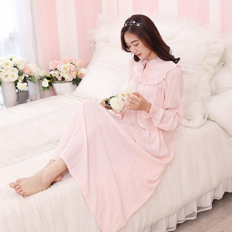 все цены на Vintage Nightgowns Pregnant Ladies Dress Princess Sleepwear Lace Home Dress Comfortable Long Nightdress Pregnancy Pajamas CE977