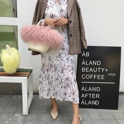 все цены на Brand Women Straw weaving Fur Bags Famous Women Clutches Ladies Evening Clutch Purse Fashion Ostrich Feather Hand Bag Luxurious