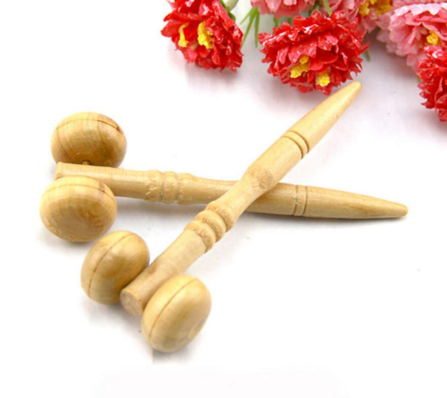 2PCS LOT Wooden Massager Acupoint Scroll ball ball Promote blood circulation Face Eyes Roller fatigue Health