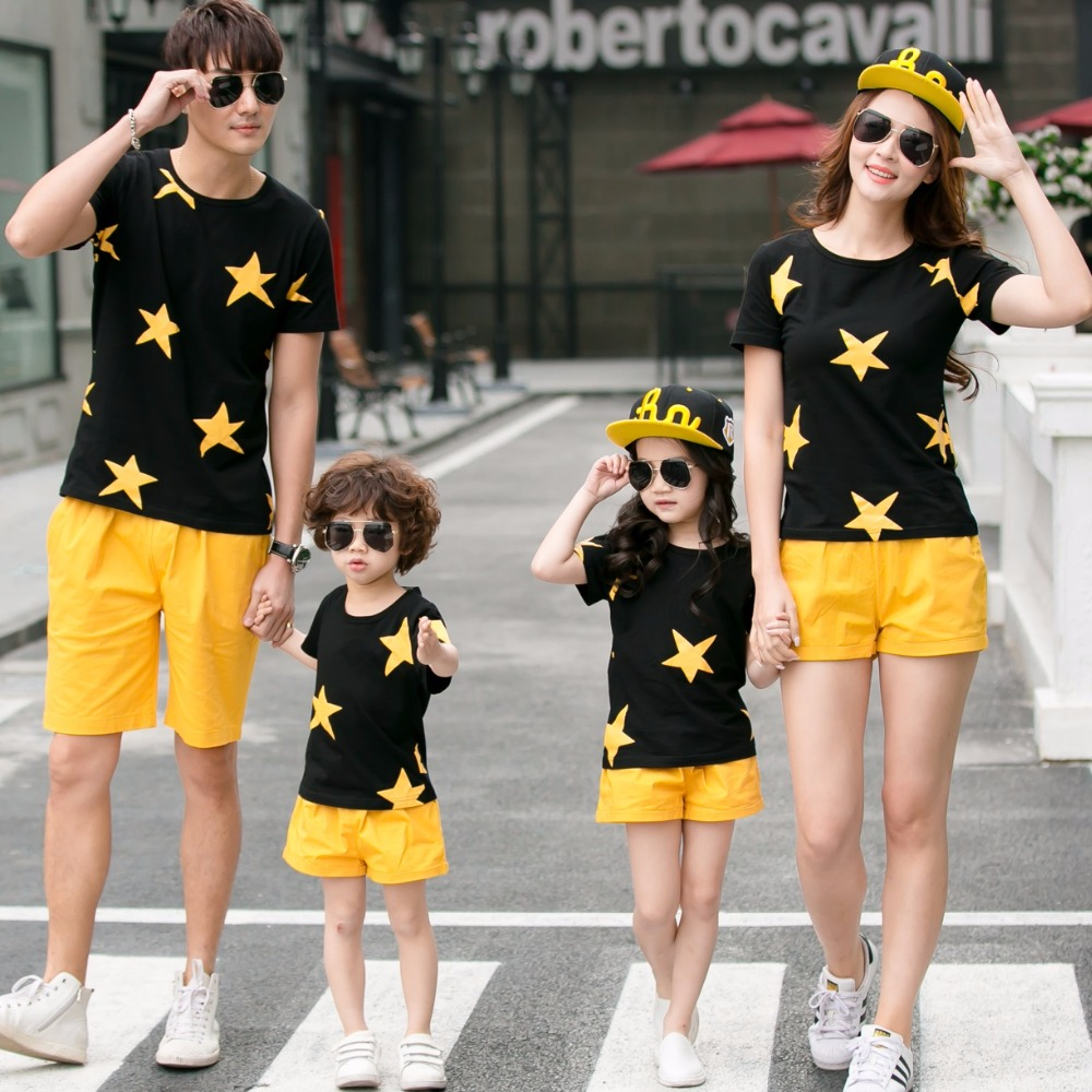 Family Set Stars T Shirts+Shorts 2pcs Clothes Mother Daughter Father Son Clothing Sets Family Matching Outfits Family Look ML
