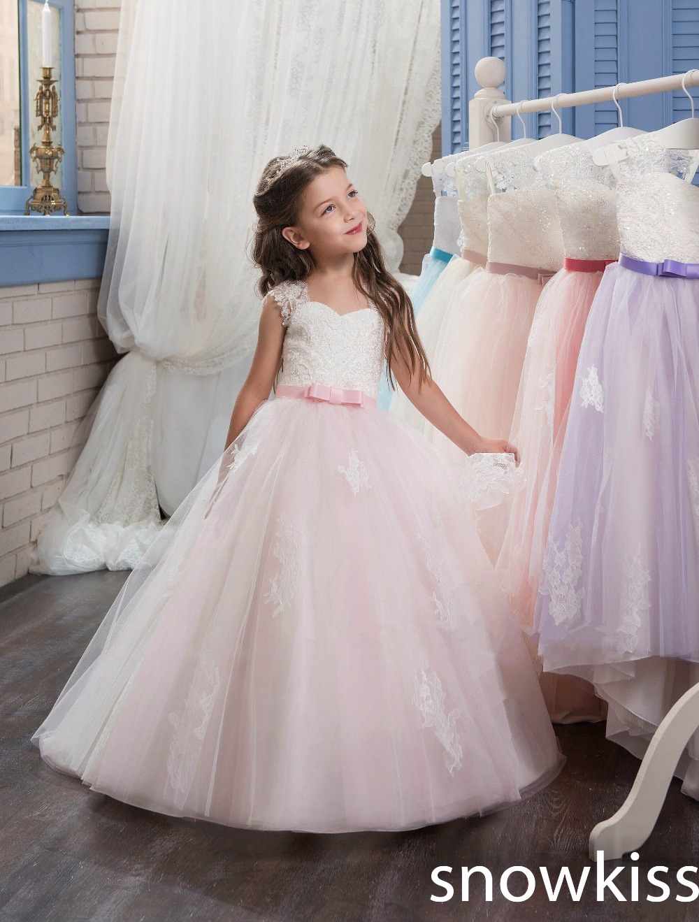 Blush pink first communion dress tulle ball gown sweetheart flower girl dresses with lace appliques kids pageant prom dresses gorgeous lace beading sequins sleeveless flower girl dress champagne lace up keyhole back kids tulle pageant ball gowns for prom