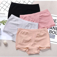 New 4Pcs/Lot Woman Underwear Women Cotton  Boxers Shorts Lace-Trimmed Panties  Ladies Lntimates Lingerie For Women Sexy Boxer