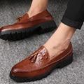 Los Hombres de la borla de Oxford Zapatos Para Hombre Cocodrilo de Cuero Suave Zapatos Casuales Vestido de lujo Del Partido de La Boda Zapatos de Los Planos 3 colores 2016 Nuevo marca