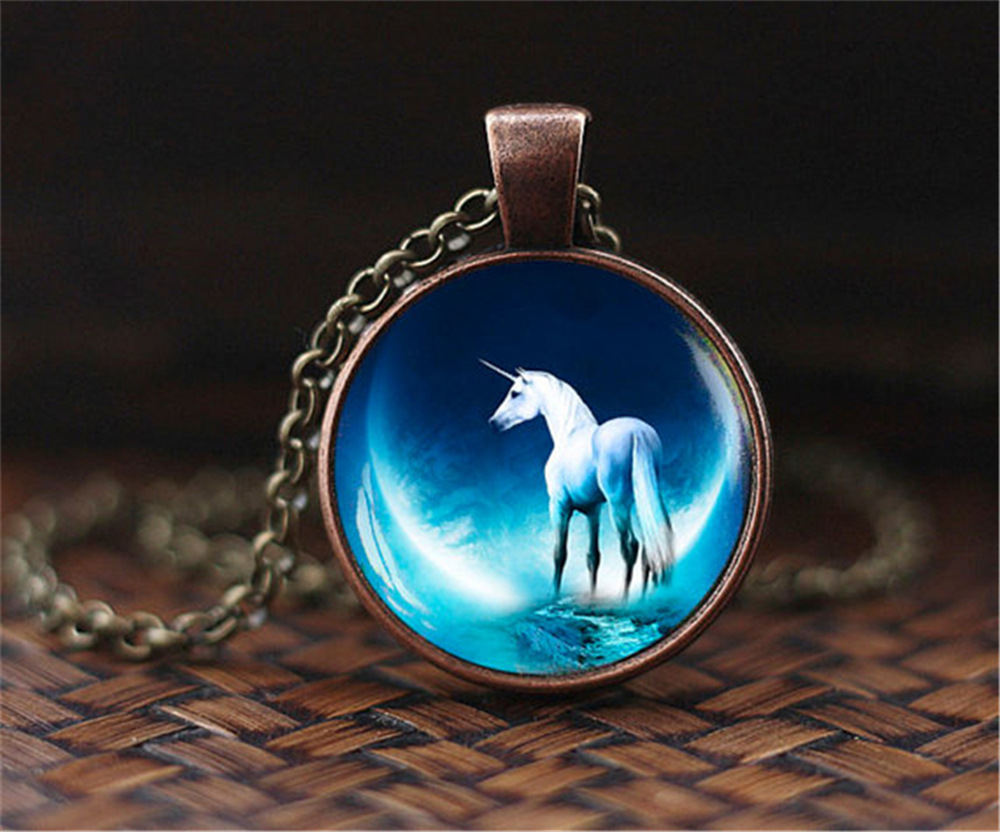 SUTEYI Vintage Yin Yang Jewelry Horse choker Necklace game mocked birds Animal Pendant photo Charms Unicorn Art Picture Jewelry
