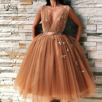 Dark Chamapgen Pretty Tutu Evening Dresses Deep V neck Delicate Appliques Evening Gowns Plus Size Formal Dress Abendkleider