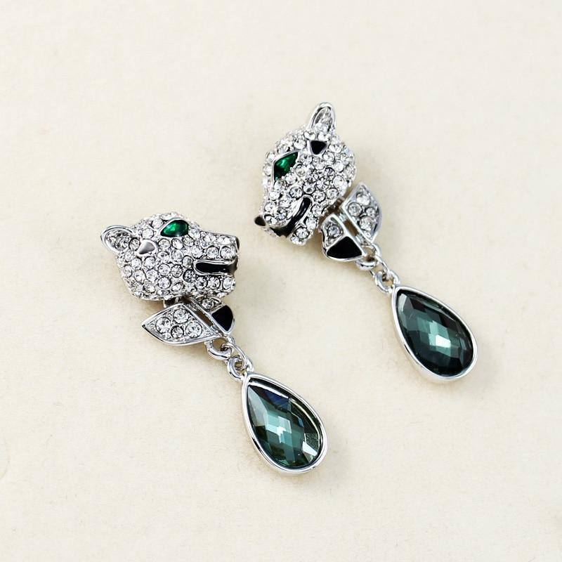 a1b8e57d813db US $36.99  Europe Style Teardrop of Wild Leopard Deep Green Austria Crystal  Stud Earring For Women Bijoux Fashion Rock Hyperbole Earrings-in Stud ...