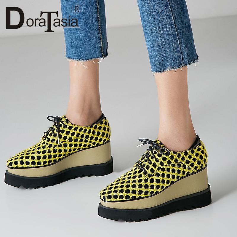Doratasia 새로운 도착 폴카 도트 스니커즈 여성 2019 봄 정품 가죽 스웨이드 소녀 높은 플랫폼 신발 여자 대형 33 40-에서여성용 플랫부터 신발 의  그룹 1